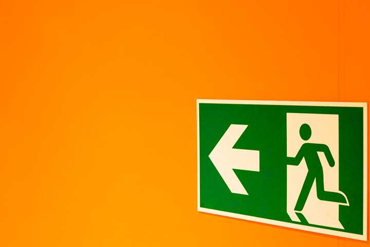 segnale uscita di emergenza dap disturbo di attacchi di panico
