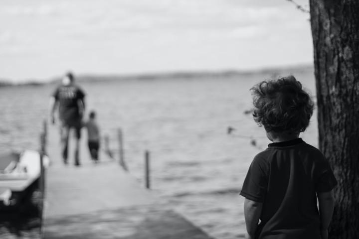 bambino con disturbo ossessivo compulsivo prova isolamento