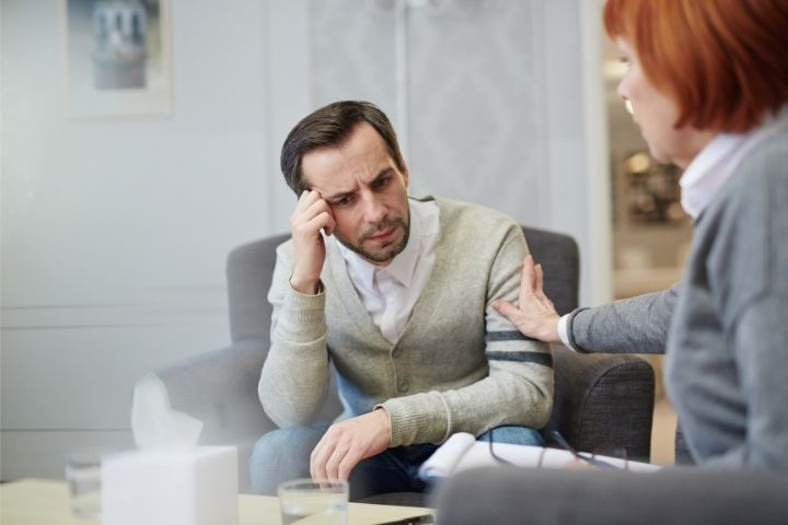 Superare l'ansia da preservativo chiedendo aiuto ad uno psicologo