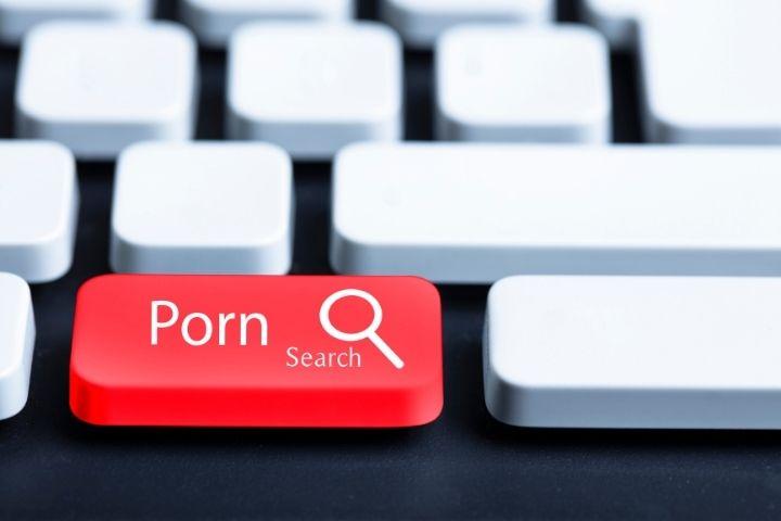 Manifestazione della porno dipendenza